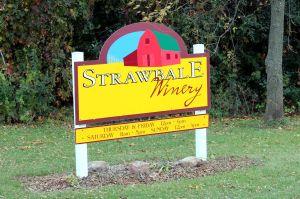 StrawbaleWineryFrontSign